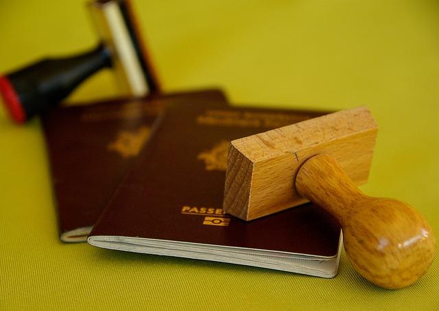 Passeports et cartes nationales d'identité