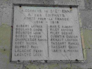 Cérémonie commémorative du 11 novembre @ Eglise de Saint-Etienne-Roilaye