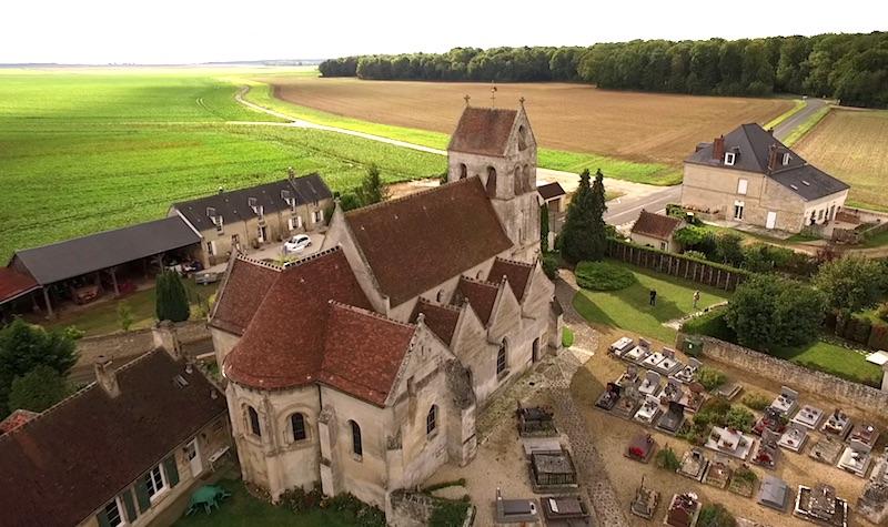 Vidéo de l'église de Saint-Etienne-Roilaye